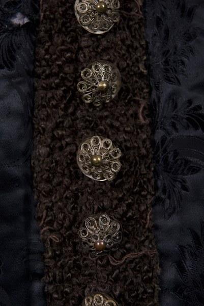 Ženský kabátik z Dolných Rykynčíc 001-03