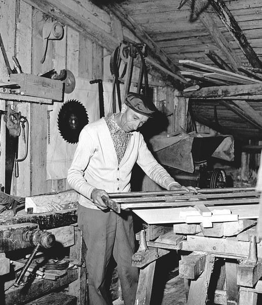 Výroba malého cimbalu 001-02