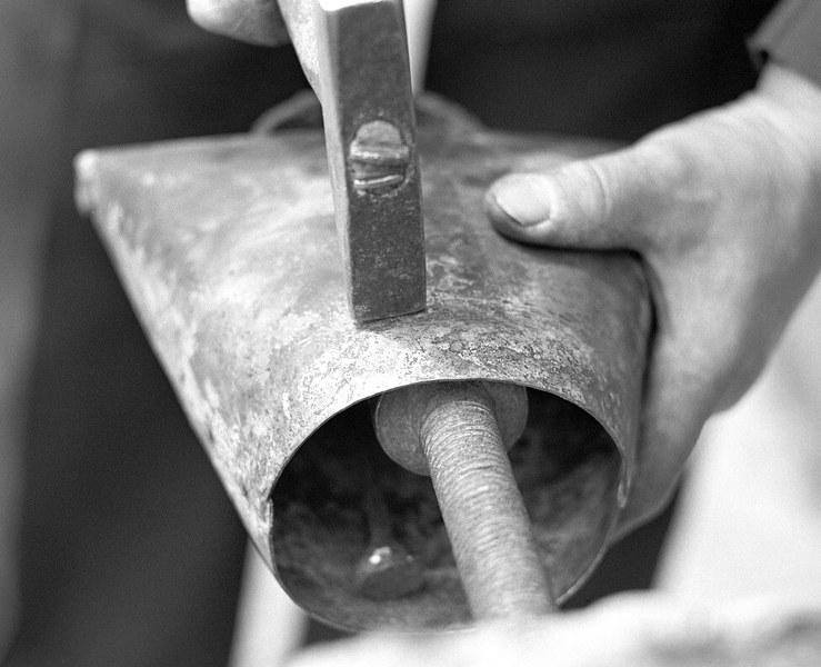 Výroba plechového zvonca 001-04