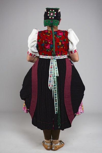 Ženský pracovný odev z Kojšova 001-02