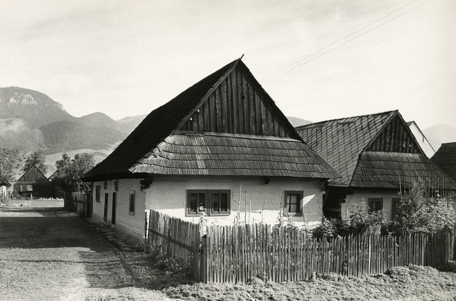 Obytné domy v Liskovej 001-01