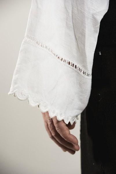 Mužský sviatočný odev z Cífera 001-05
