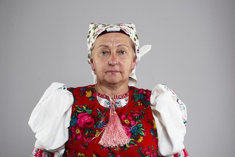 Ženský pracovný odev z Kojšova 001-03