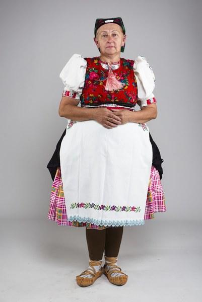 Ženský pracovný odev z Kojšova 001-01