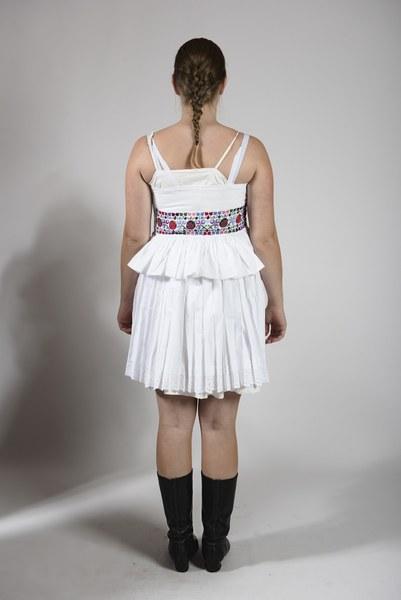 Obliekanie mladuchy zo Bzovíka 001-05
