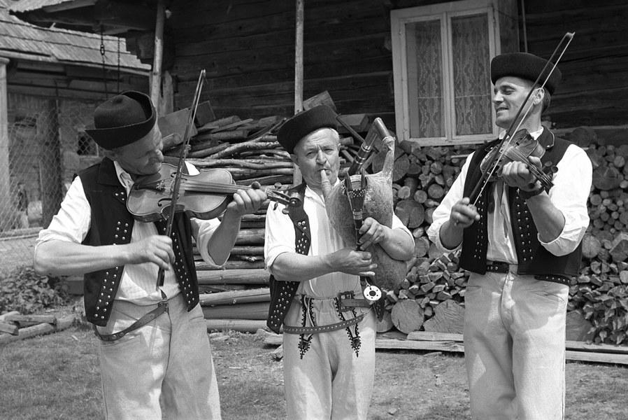 Gajdošská ľudová hudba z Oravskej Polhory 001-01