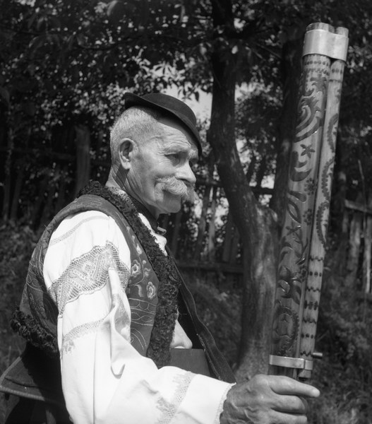 Fujarista a píšťalkár Ján Nosáľ 001-03
